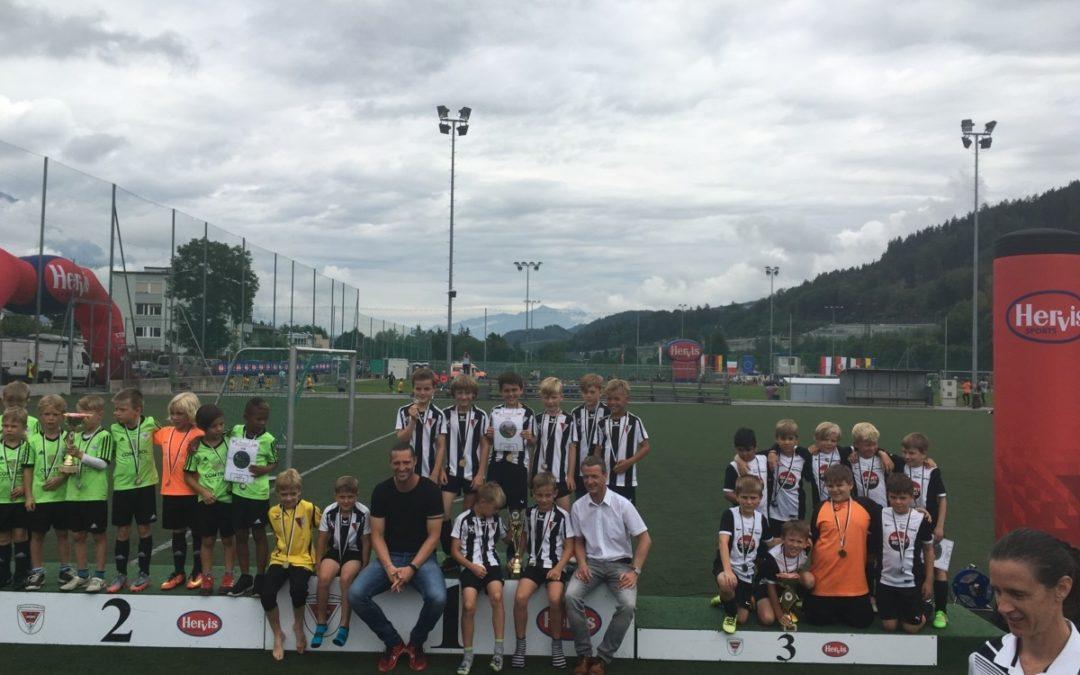 """F1-Jungs auch in Innsbruck auf dem """"Stockerl""""!"""